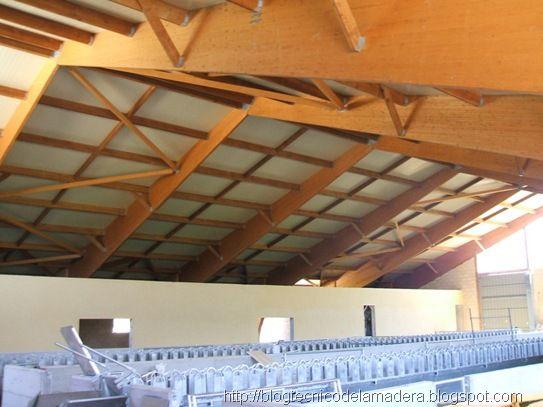 Estructura de madera laminada para nave ovina - Estructura madera laminada ...