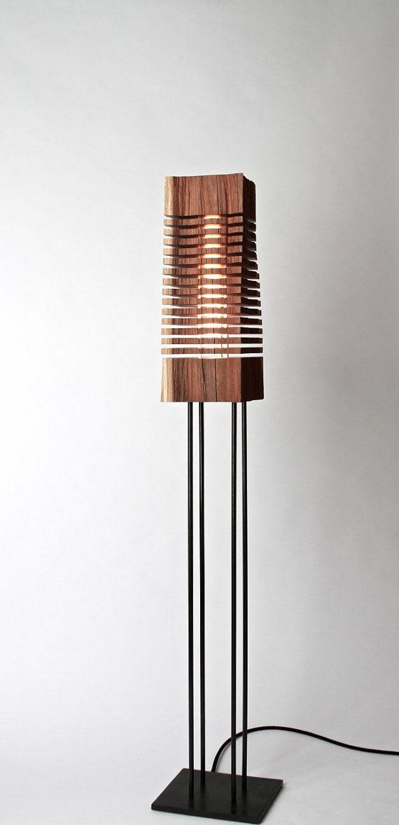 Reclaimed Wood Sculpture Illuminated Art on Floor Stand lamparas