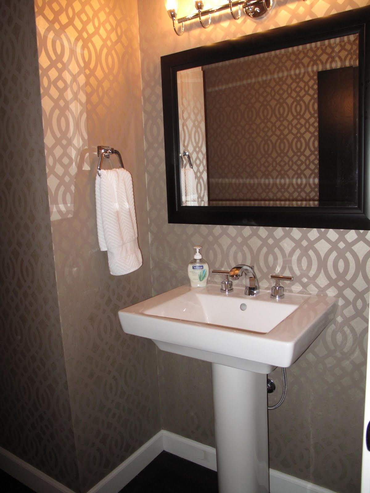 Images On This gallery shares beautiful half bathroom ideas Whether or not you like to think of