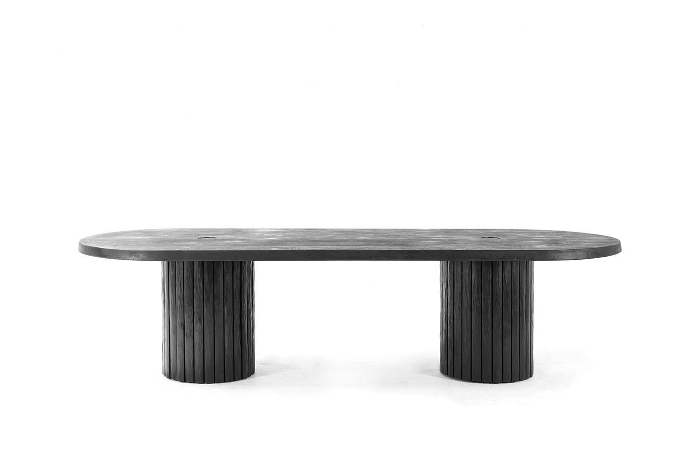Table haute 9 pieds: longueur 990cm, largeur 9cm, hauteur 79cm 9
