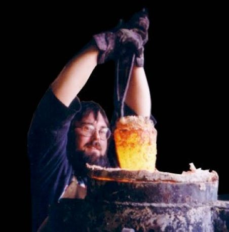 How To Make Crucible Steel For The Viking Ulfberh T Swords Blacksmithing Metal Workshop Blacksmith Forge