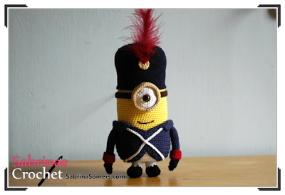 Sabrina's Crochet: Free crochet pattern - Minion French Soldier in English or Dutch.