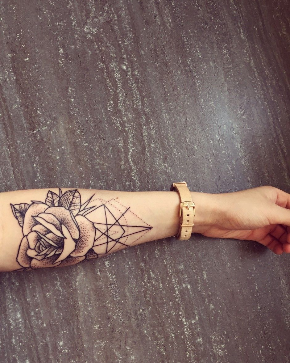 8ba03ac55e344 Tattoo Submission: Feline (Berlin) Simple Arm Tattoos, Simple Rose Tattoo,  Simple