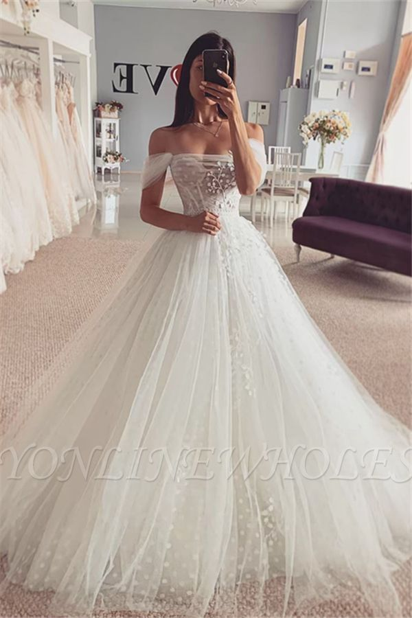 Photo of Short sleeves Off-the-shoulder Tulle Ball Gown Wedding Dress