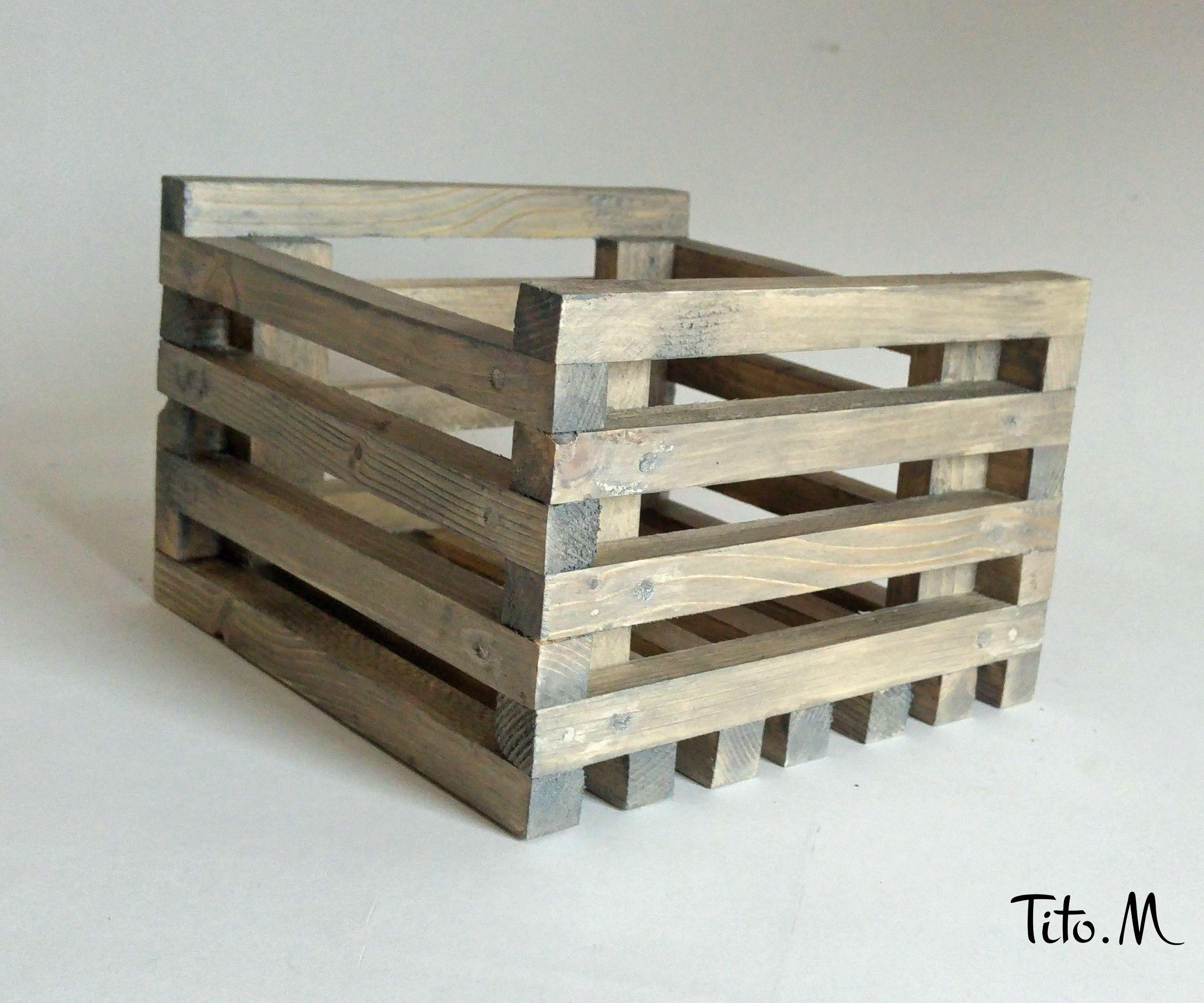 Planter Dans Une Caisse En Bois wooden crate, planter grey 20 / 20cm inside, outside | bois
