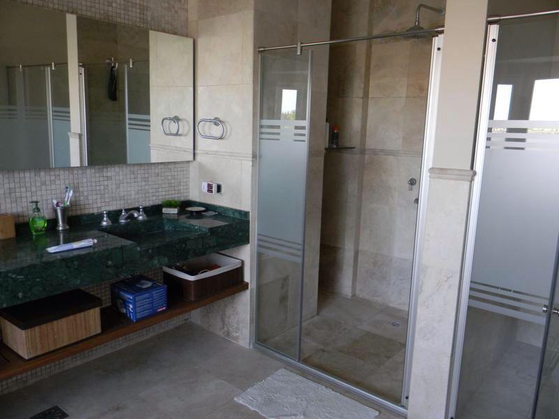 #COVELLO, #COVELLOPROPIEDADES, #COVELLONORDELTA, , #REALESTATE, #INVERSIONESINMOBILIARIAS, #CASAS, #CASASNORDELTA, #PISCINAS  Superficie total: 800.00² Ambientes: 9 Dormitorios: 4 Baños: 6 Antigüedad: - Nos encontramos en: Agustín M. García 5971 (ex Ruta 27) Piso1º, Of 10, CP: 1648  Complejo Delta Point, Nordelta - Buenos Aires - Argentina Tel. +5411 6261 8171 nordelta@covello.com.ar http://www.covello.com.ar/ficha.php?id=68061