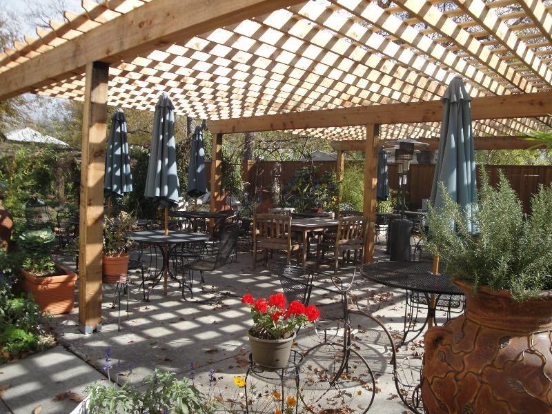breakfast lunch homestyle fresh garden cafe lakewood. Black Bedroom Furniture Sets. Home Design Ideas