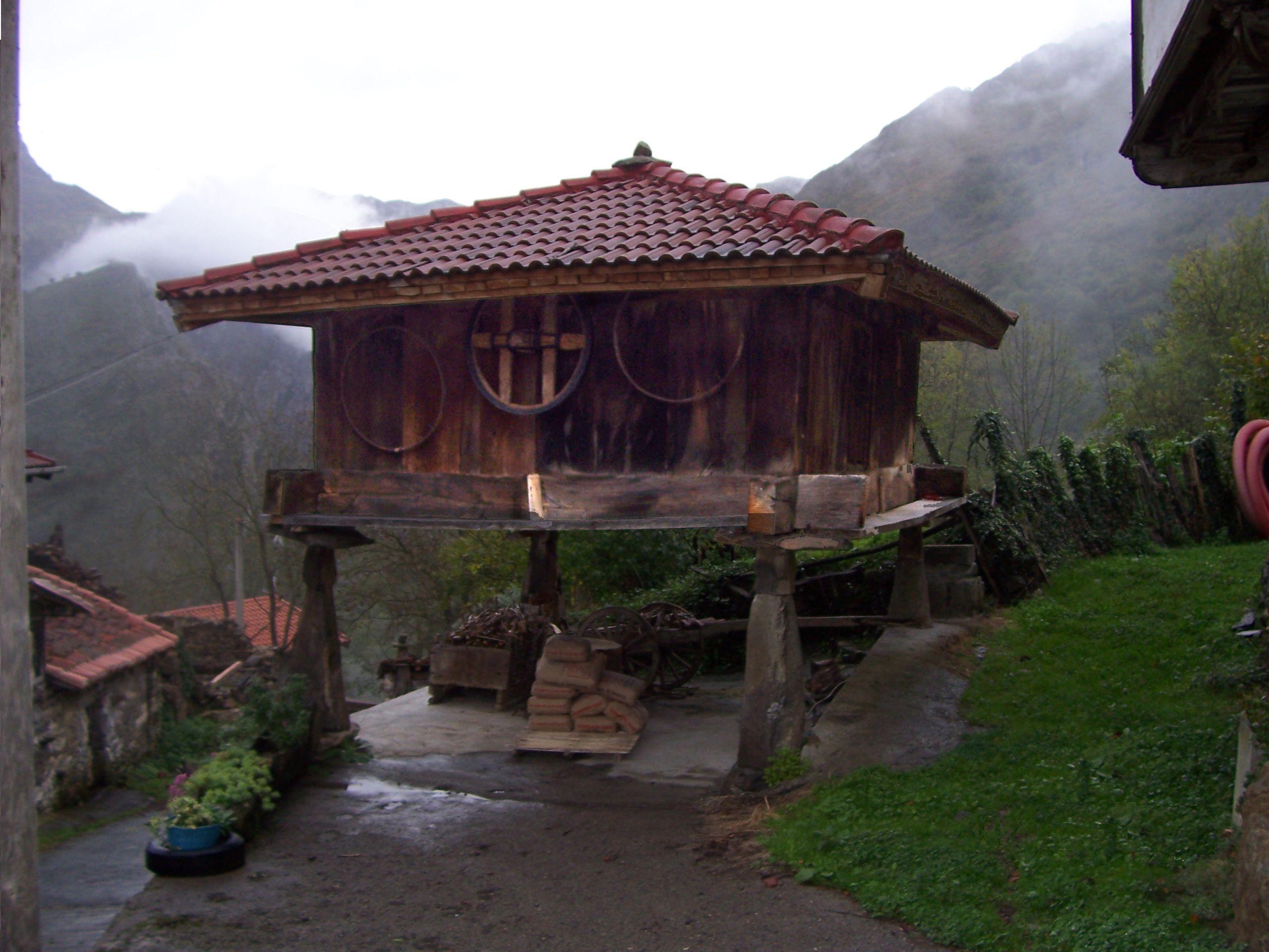 El h rreo asturiano espa a pinterest horreo asturias espa a y asturiano - Casas rurales cerca de oviedo ...