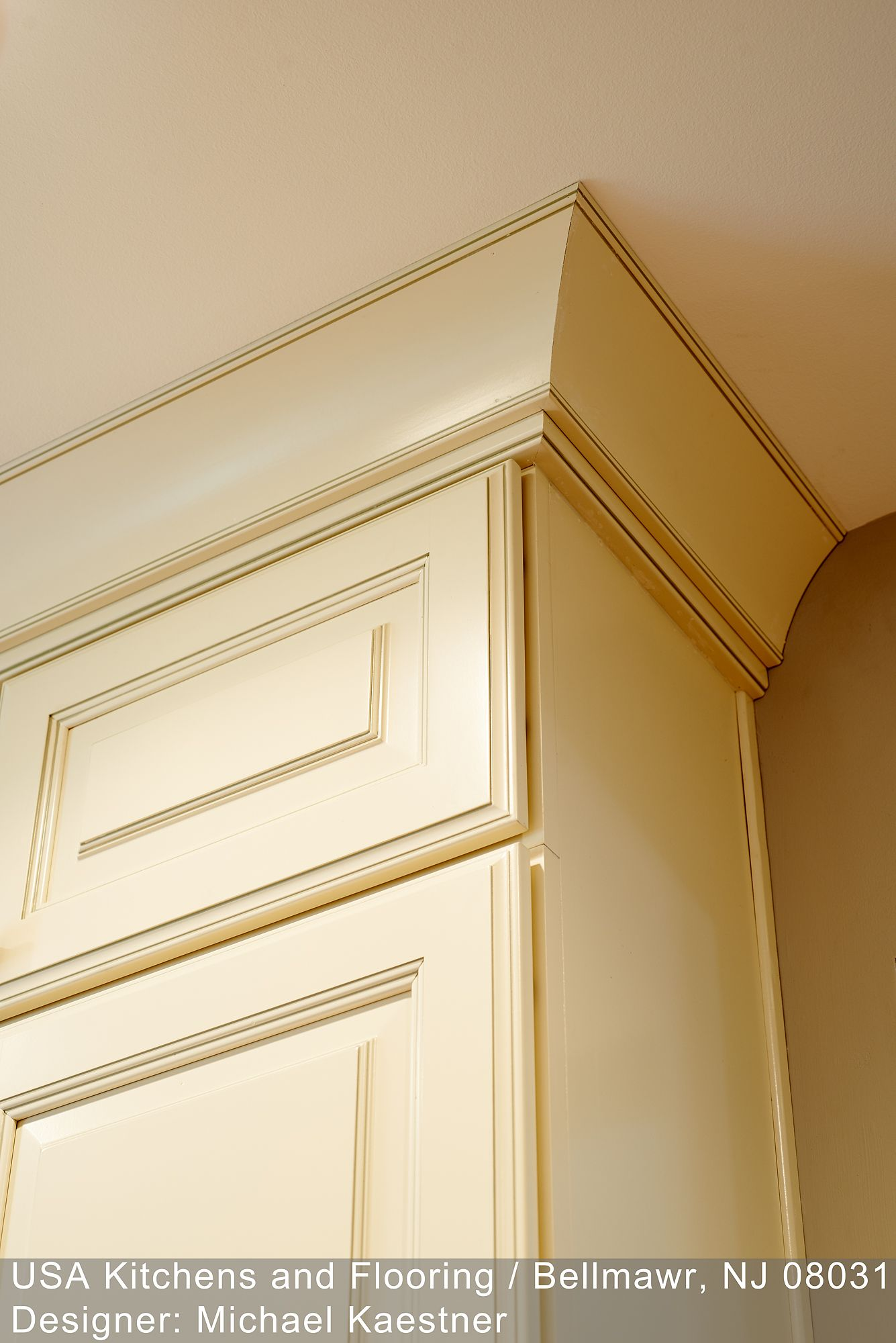 Coved Crown Molding Trim Top Of Stacked Wall Cabinets Moldings And Trim Kitchen Cabinets And Countertops Above Cabinets