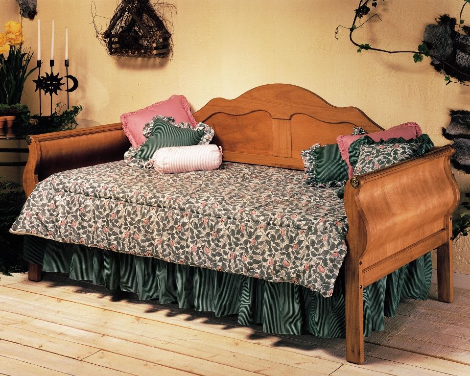 Cheap Daybeds Cheap Fashion Bed Group Surrey Daybed In Honey Pine Cheap Furniture Online All Wood Furniture
