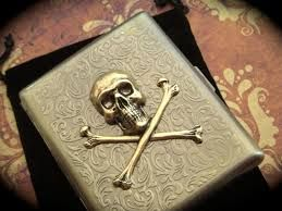 Skull Cigarret Gegenstande Motive Wherever You Go