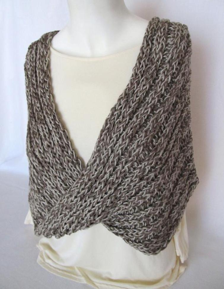 Mobius Shawl | Craftsy 55 long \'\' | Loom Knitting | Pinterest
