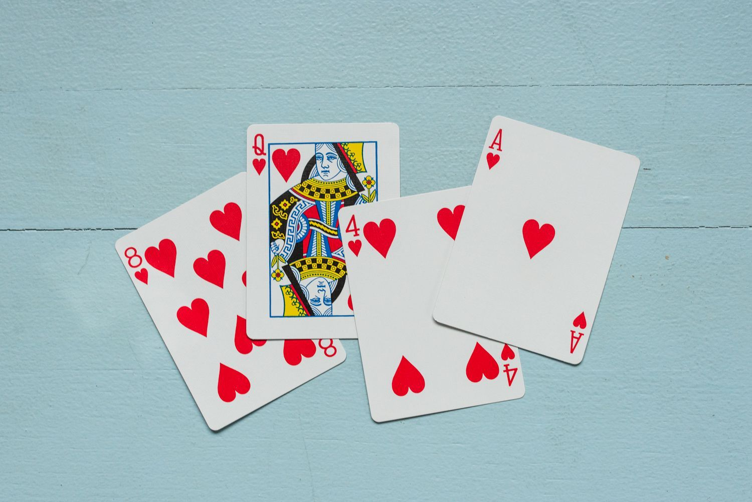 Learn the complete rules for hearts a tricktaking game