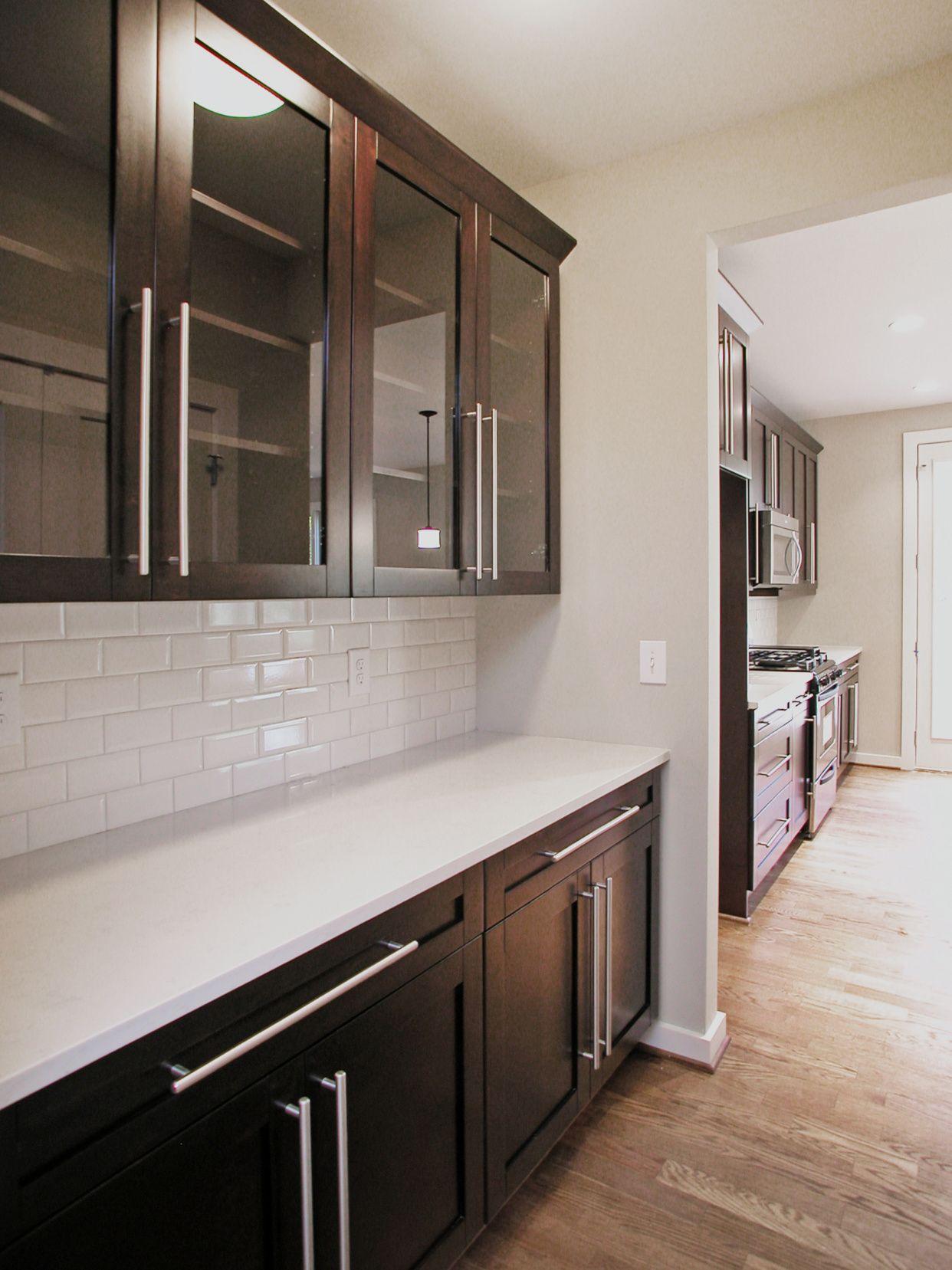 70 Snow White Quartz Countertops Kitchen Cabinets Update Ideas On A Budget Che Dark Kitchen Cabinets Backsplash With Dark Cabinets Espresso Kitchen Cabinets