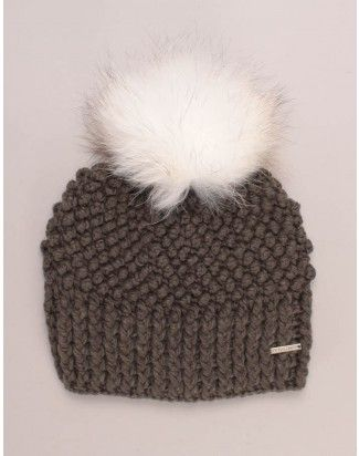 01ba6bde5366 Rino   Pelle Kevina Chunky Knit Hat Green