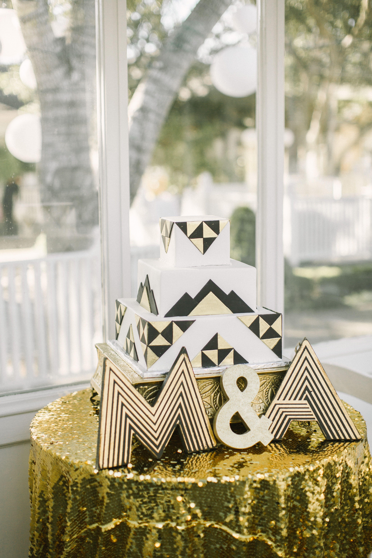 Geometric Black and Gold Wedding Cake | Carol\'s Choice | Pinterest ...