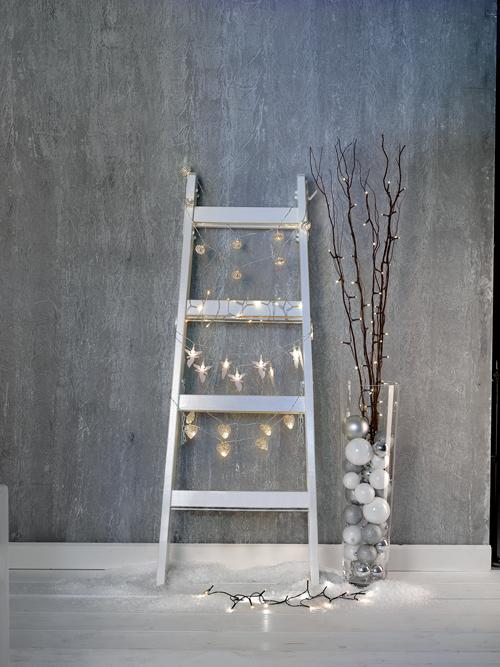 Viele funkelnde Lichter - wir haben eine riesige Auswahl an Lichterketten und Lampen für die (Vor-)weihnachtszeit.