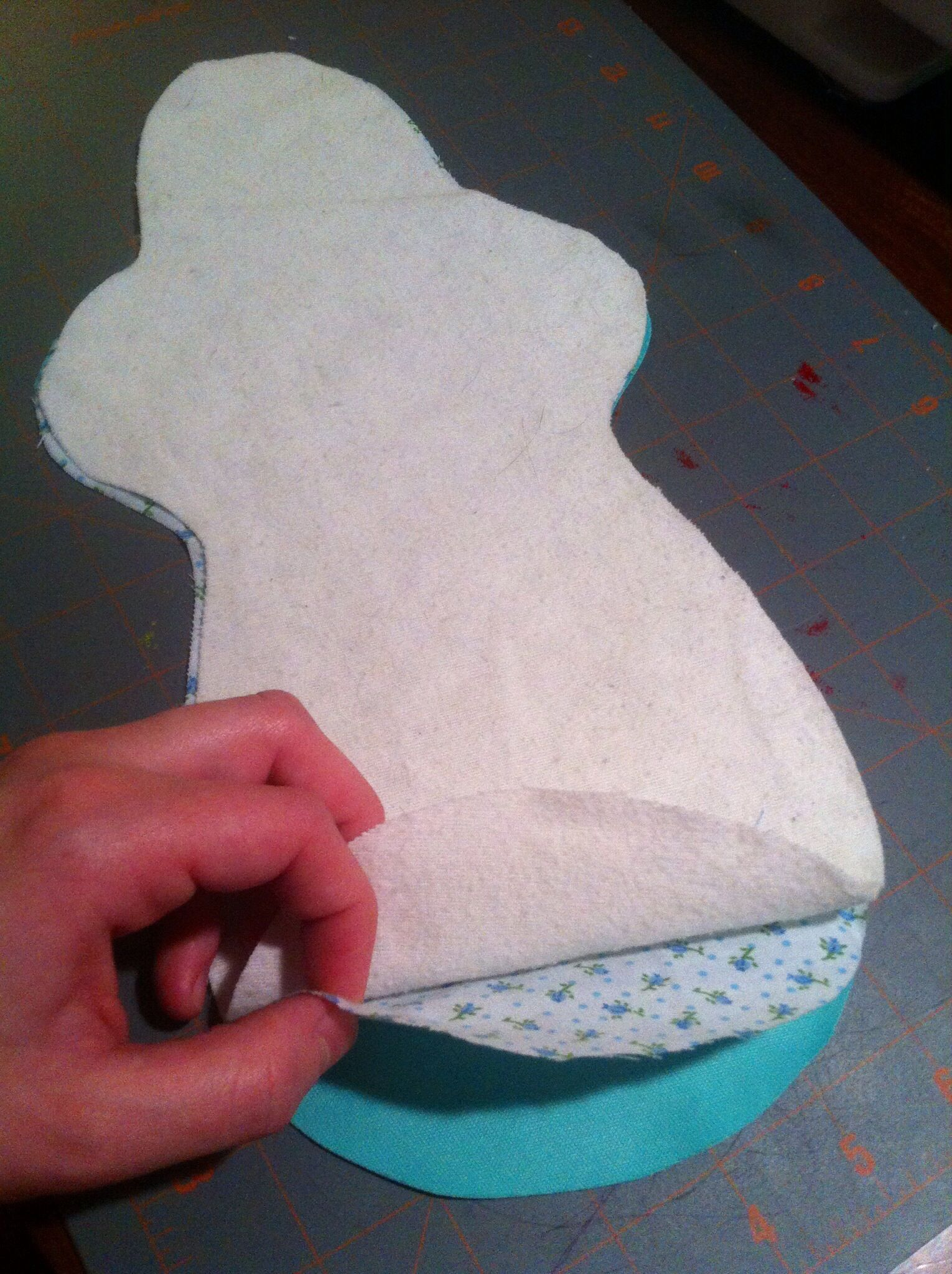Free postpartum/heavy flow cloth pad pattern and tutorial ...