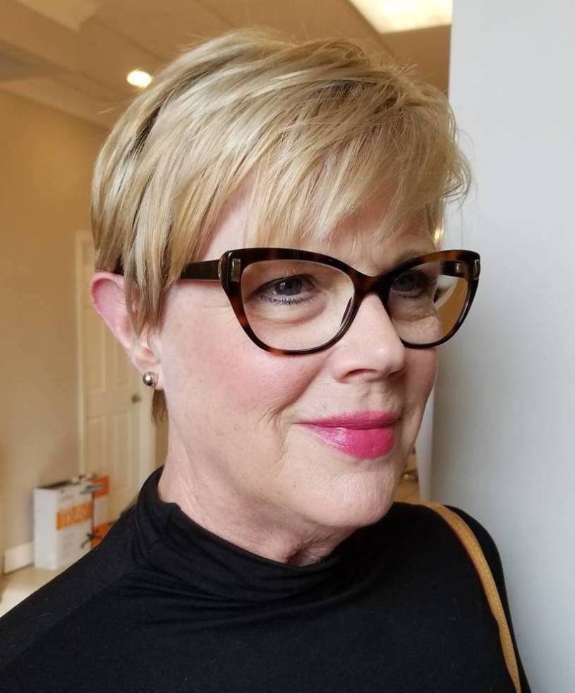 50 Best Short Hairstyles For Women Over 50 In 2020