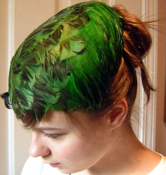 Green Feather Hat Vintage 50s Kelly Emerald Green - Classic & Lovely Color