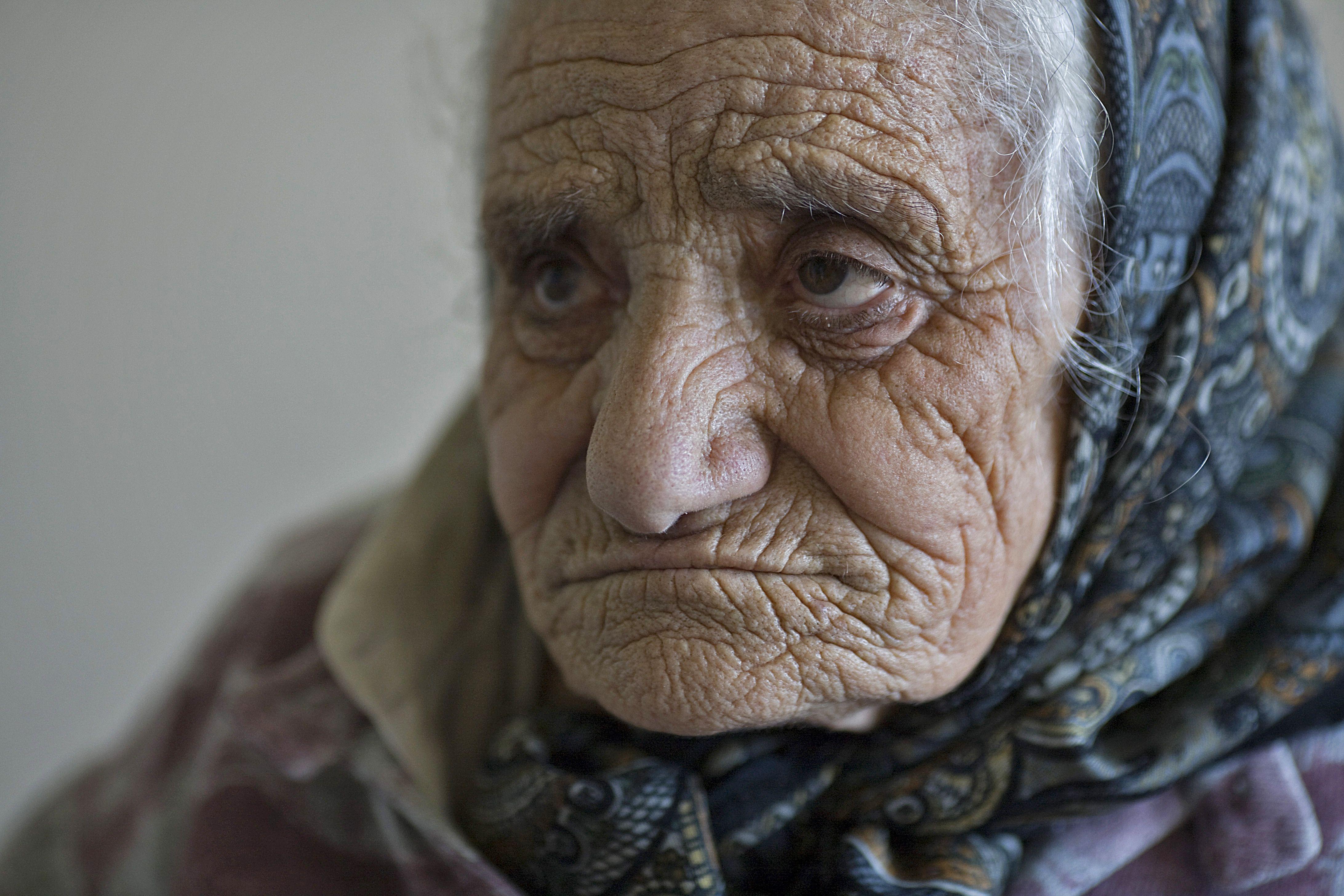 wrinkled old face