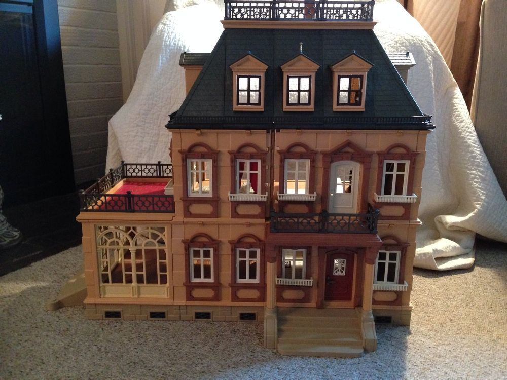 Incomplete Victorian Mansion Playmobil Model 5300