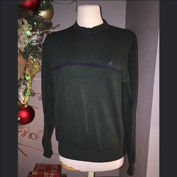 NAUTICA green sweatshirt unisex Nice and comfy green sweatshirt, used but still has a lot of life :) size M I wore it baggy :) can be worn by a male or female Nautica Sweaters Crew & Scoop Necks