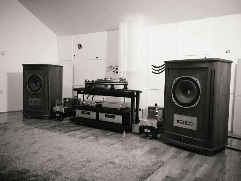 High end audio audiophile listening room Tannoy speakers ...