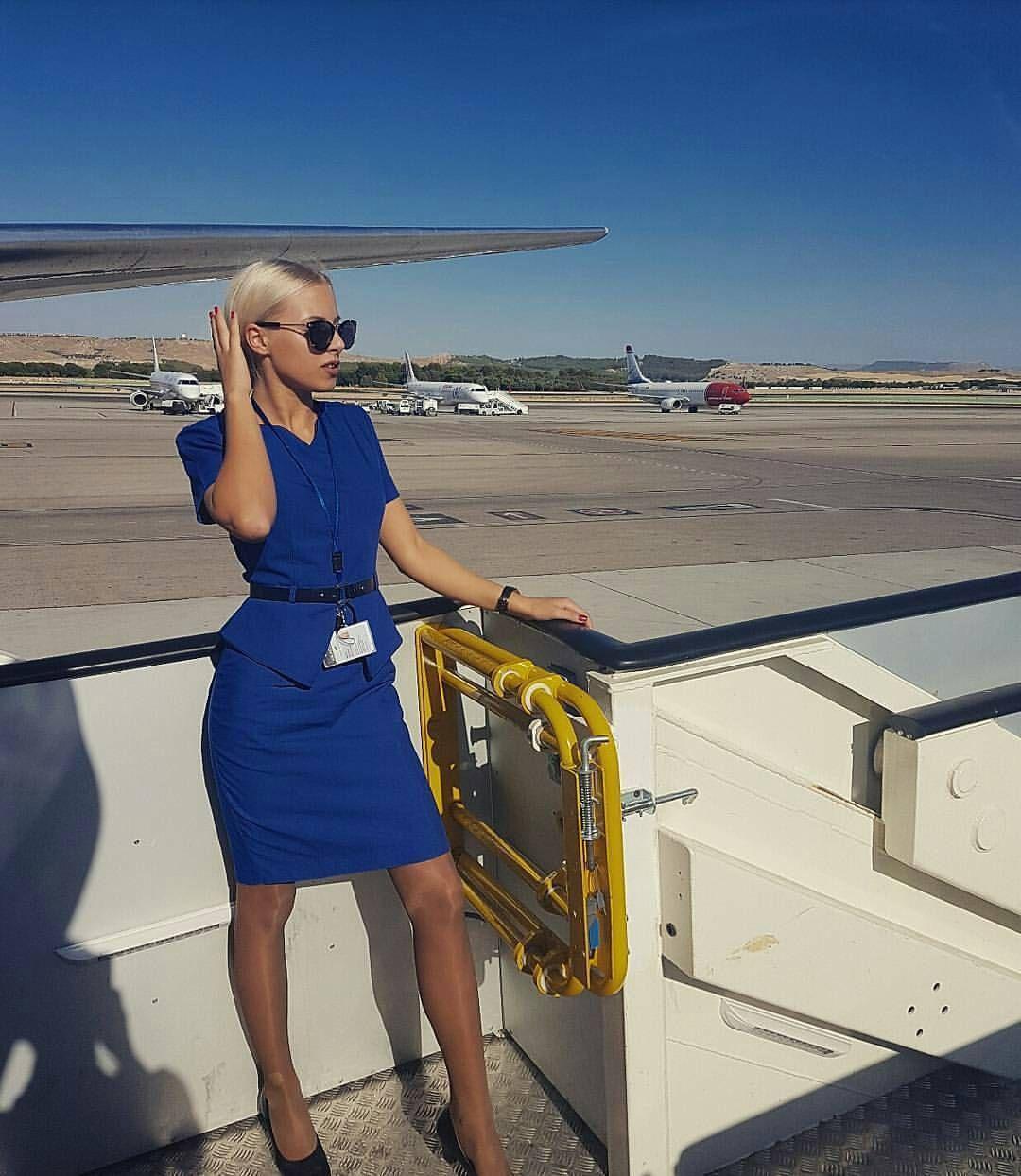Картинки стюардесса блондинка