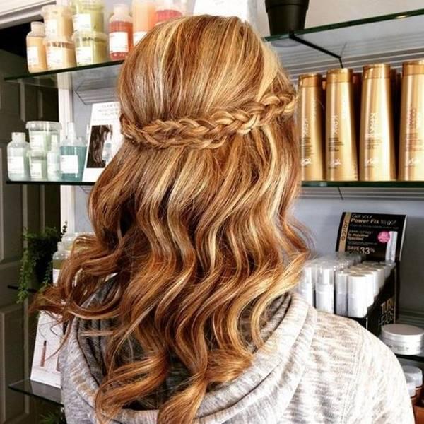 اجمل تسريحات شعر طويل ناعمة و مرفوعة للاعياد و المناسبات موضة تسريحات الشعر تسريحات شعر طويل Homecoming Hairstyles Long Hair Styles Hair Styles
