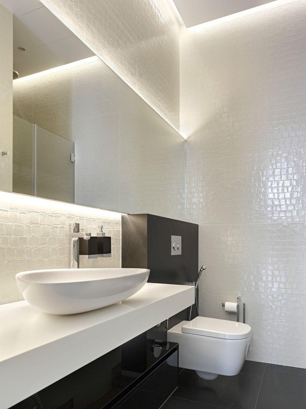 Badezimmerwanddekor über toilette pin by eva oppen solheim on bad  pinterest  bathroom modern