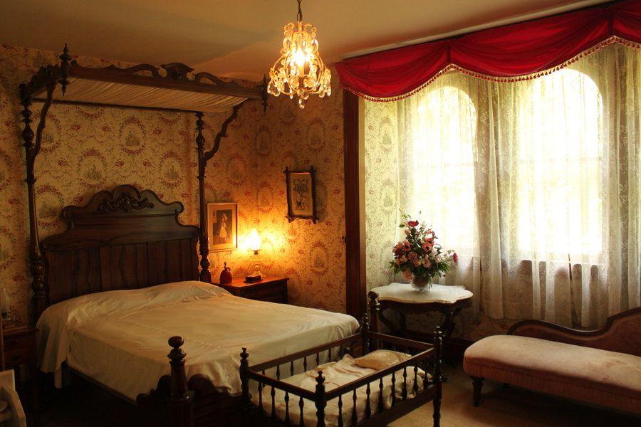 Victorian Bedroom Photos Shop For This Camera Victorian Bedroom Small Bedroom Designs Victorian Decor