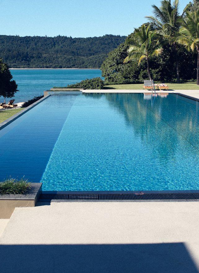 Piscinas espectaculares piscinas diferentes y for Piscinas espectaculares