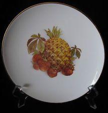 ROYAL TUSCAN WEDGWOOD FRUIT PLATE - PINEAPPLE