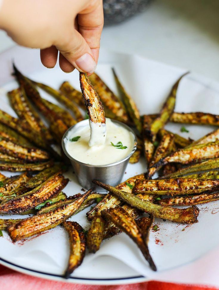 Cajun OvenRoasted Okra Fries mit ZitronenKnoblauchAioli  The Defined Dish   vegetable recipes