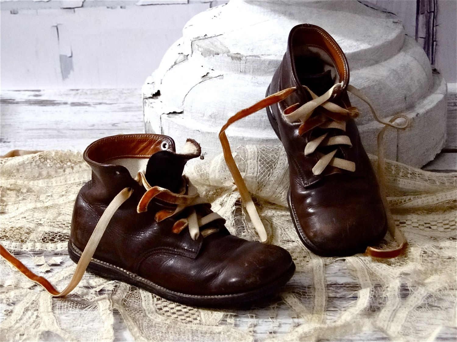 13abfc20b52dd Vintage High Top Boots Child Brown Leather Lace Ups 1930s 1940s Baby ...