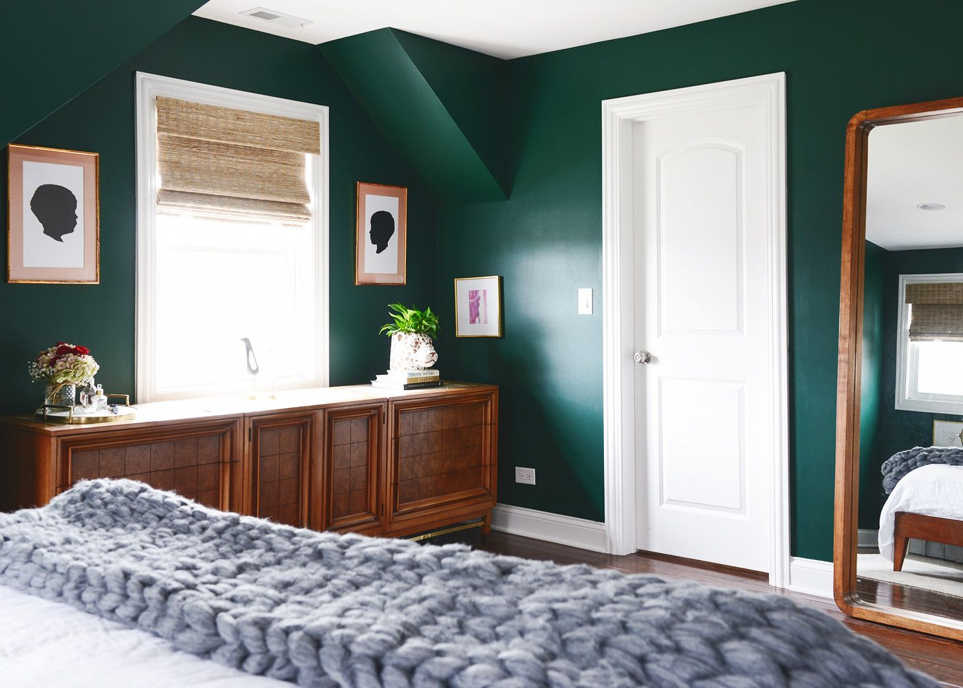 Mid Century Modern Bedroom Design Inspiration  Emerald Paint Captivating Paint Design For Bedroom Inspiration