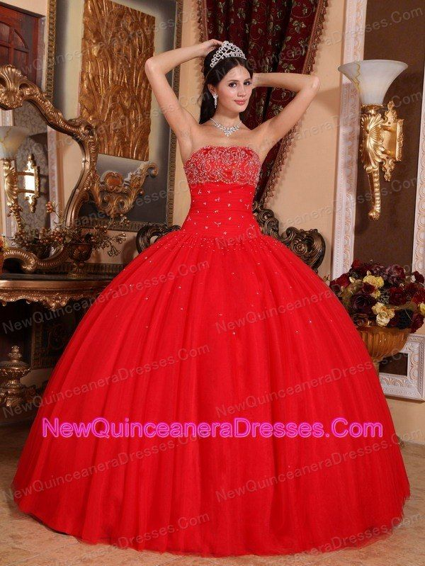 17 Best images about Quinceñera on Pinterest | Red quinceanera ...