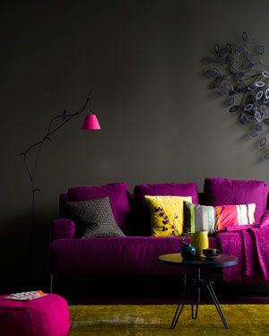 Pretty Nice Interior | Apartment | Pinterest | Lila Sofa, Schwarzer  Hintergrund Und Hocker