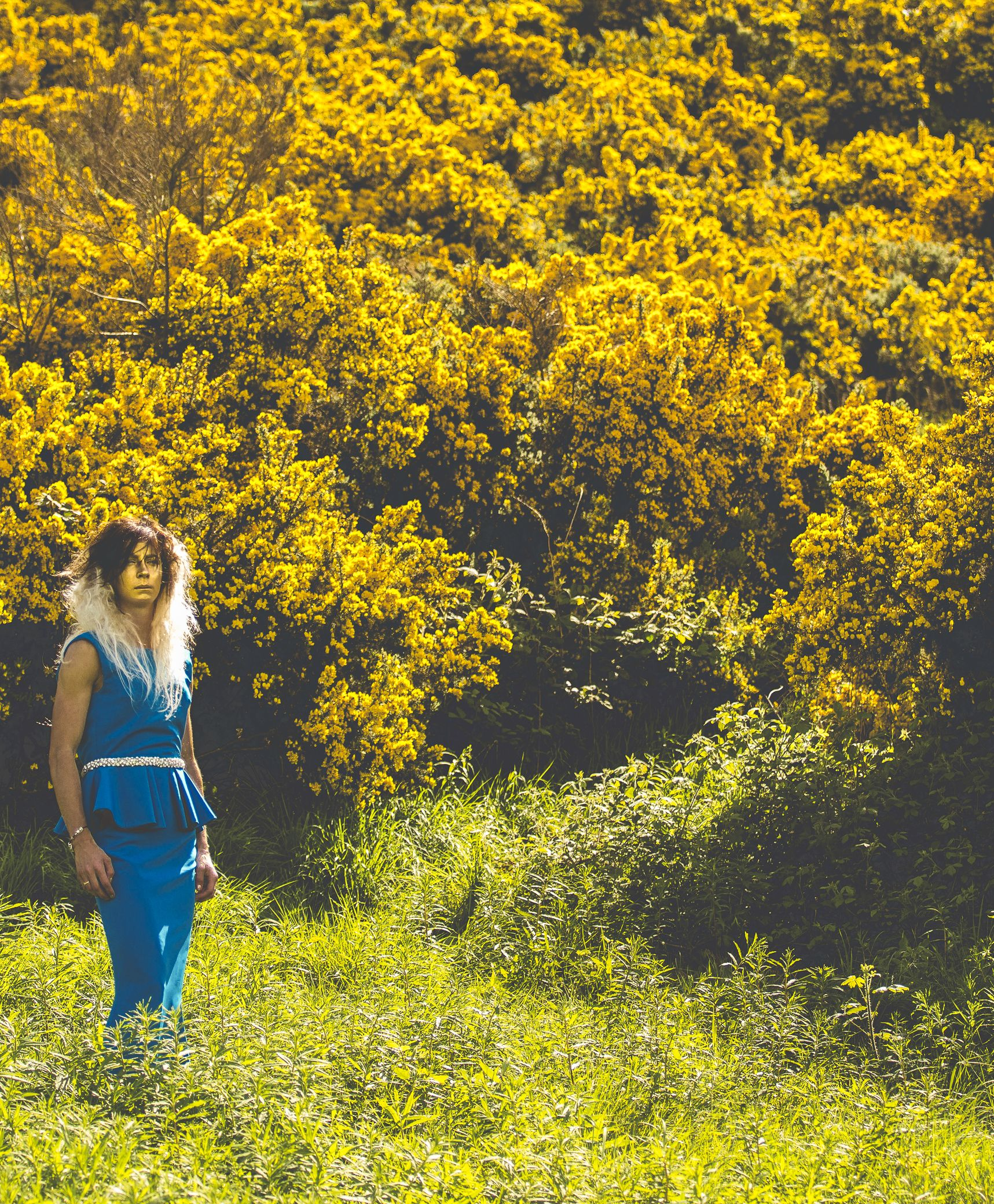 The incredible Eve Muirhead wearing Carolyn Baxter in fields of gold for wecrave.it 's Racy issue. Shot by Seb Singh, styled and directed by Lynne McCrossan, hair and make-up by Molly Jane Sheridan.  #wecrave real role models! This athlete is an inspiration. #commonwealthgames2014 she looks like a lioness here. #love