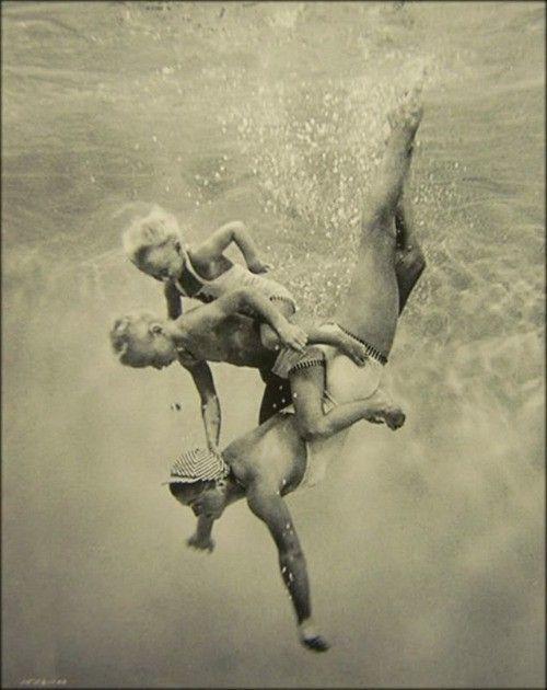 swimming mamma
