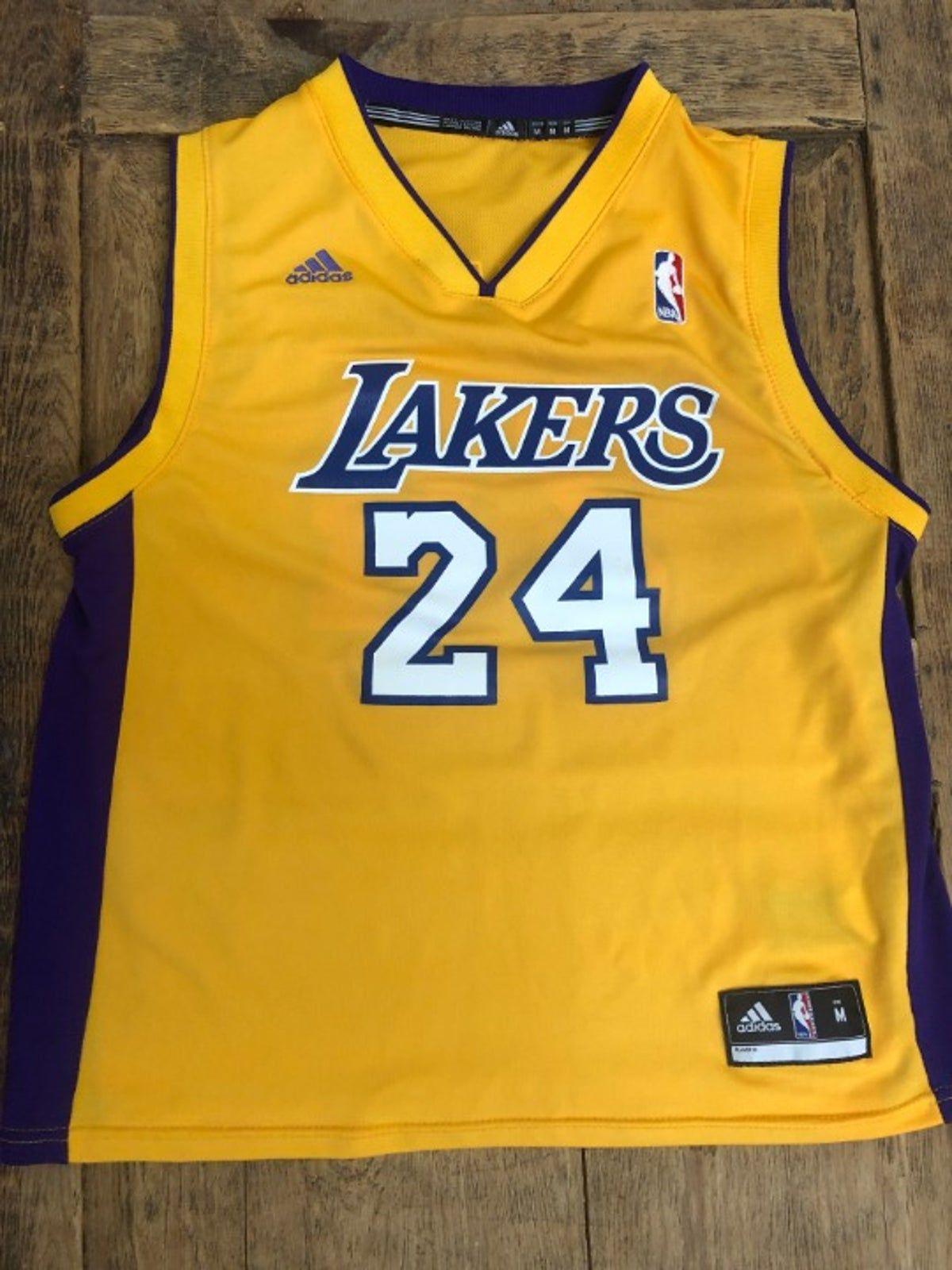 Lakers Kobe Bryant Jersey youth M Adidas on Mercari | Jersey ...