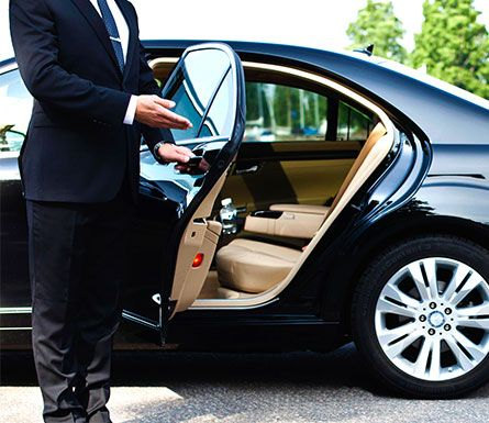 Get Whisked Away To Your Ultimate Five Star Destination In The City This Weekend Luxury Car Rental Town Car Service Chauffeur Service