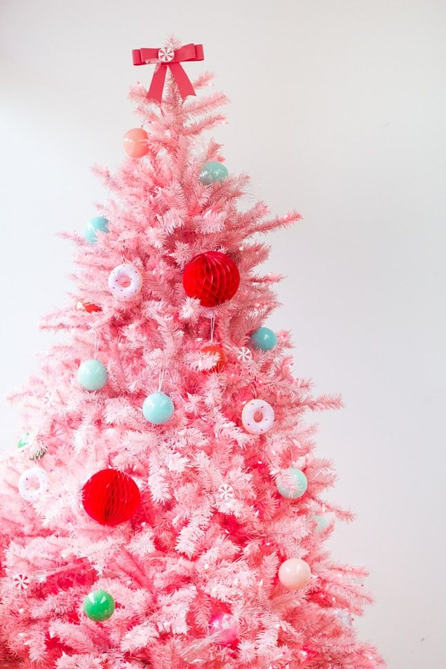 9 ultra chic monochromatic christmas tree decorating ideas - Pink Christmas Tree