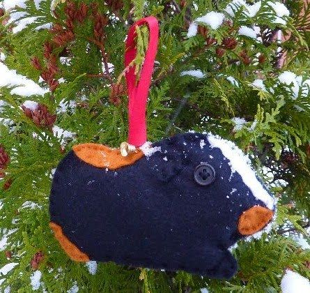 Trekky gets Crafty!: Guinea Pig Christmas Tree Decoration Tutorial