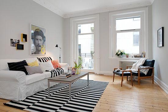 Der Teppich wertet das ganze Zimmer optisch auf Toller Farbakzent - teppich wohnzimmer modern