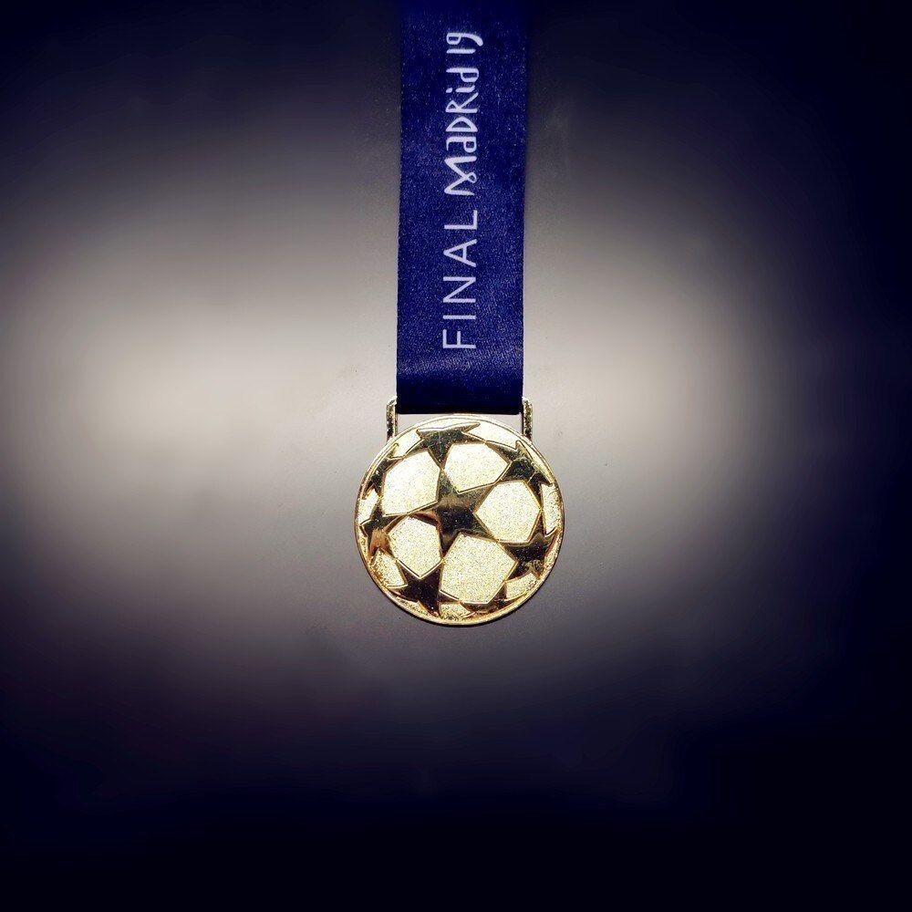 Champions League 2019 ORIGINAL Soccer Ball Size 5 Madrid 19 Final Match GIFT !