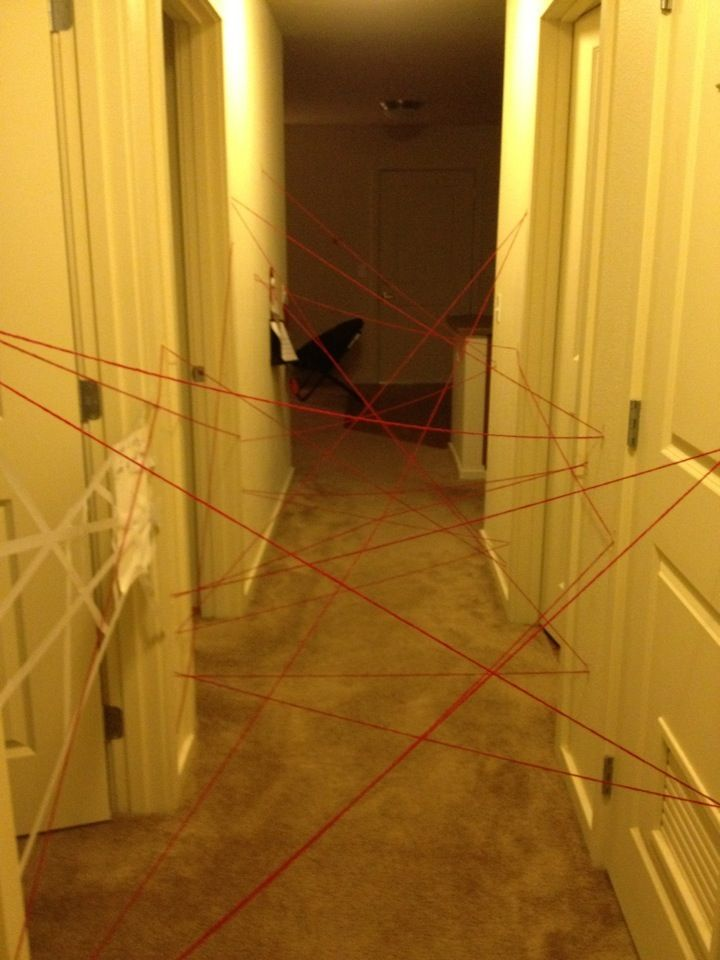 Surprise for the kids when they walk out on Christmas morning! Christmas morning maze! Can be made by mom/Santa/elf