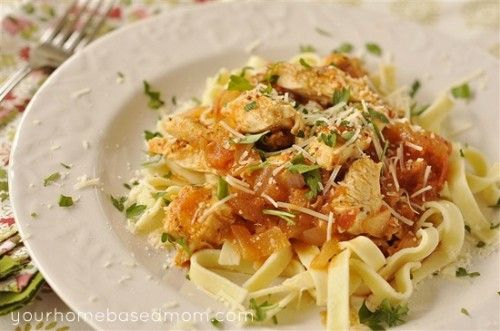 Fresh Tomato and Chicken Pasta  @yourhomebasedmom.com