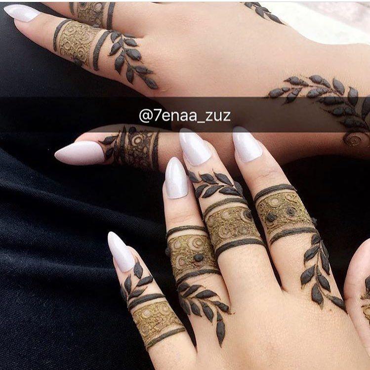 حبيييت شو رايكم ولا ما اتحبون بس عالاصابع حناء حنتي حنه حناي حنايات حنايه نقش نقوش نقوش حنا نقش حنا حنا Henna Hand Tattoo Mehndi Designs Henna